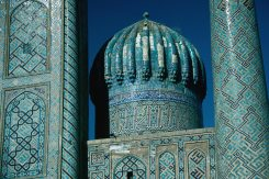 01_The_magnificent_Registan_in_Samarkand (1)