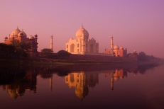 01_The_Taj_Maha_at_dawnl